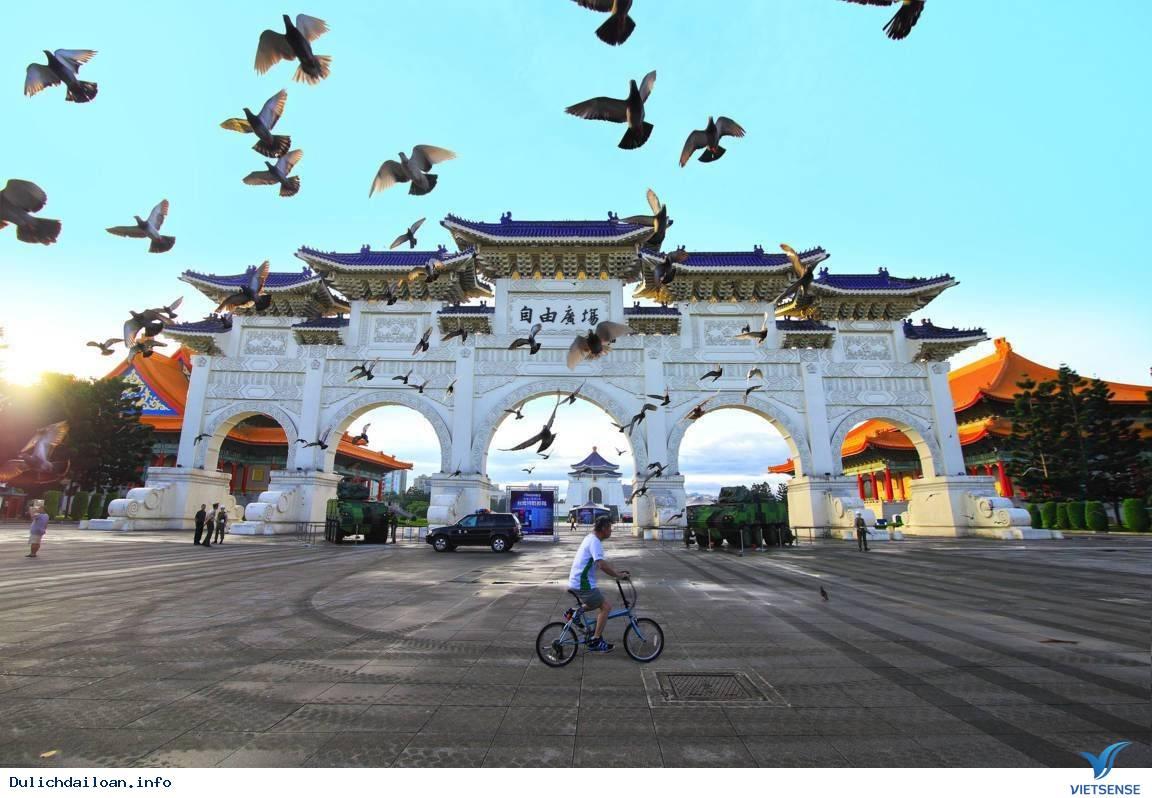 Trải nghiệm du lịch Đài Loan như ca sĩ Minh Hằng